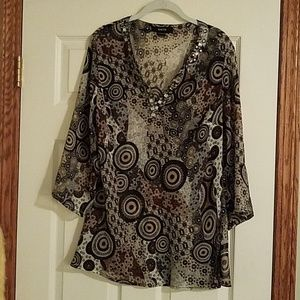 3/4 length sleeves shear tunic